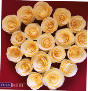 papierowe roze