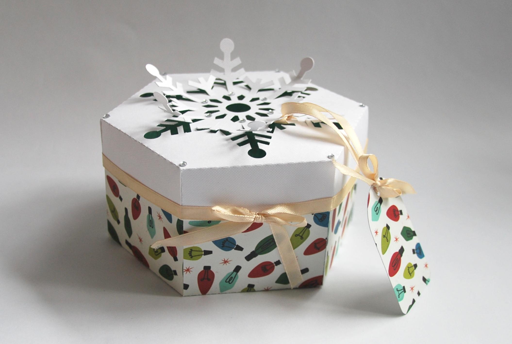Ręcznie robione pudełka świąteczne