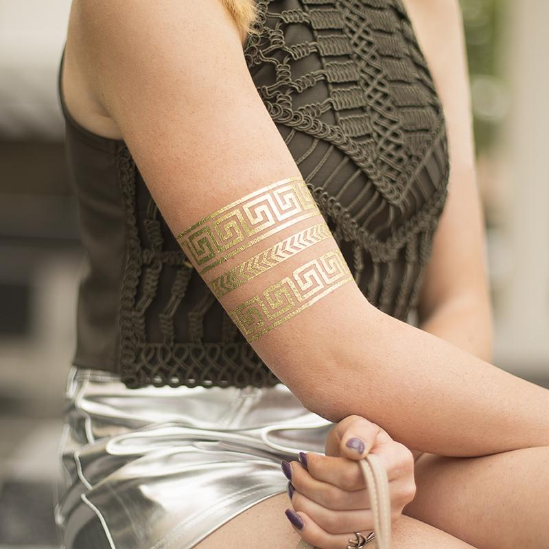złota folia do tatuaży